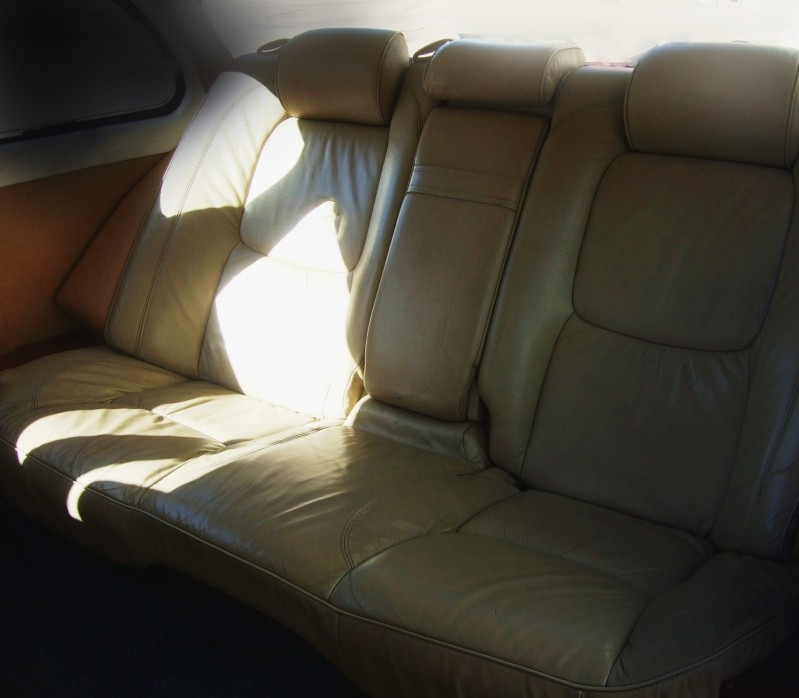 Роскошный белый кожаный салон ГАЗ 13